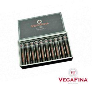VegaFina Robusto F2