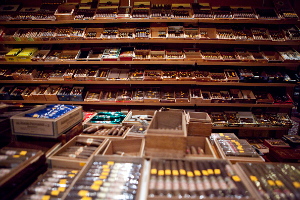 Många cigarrer