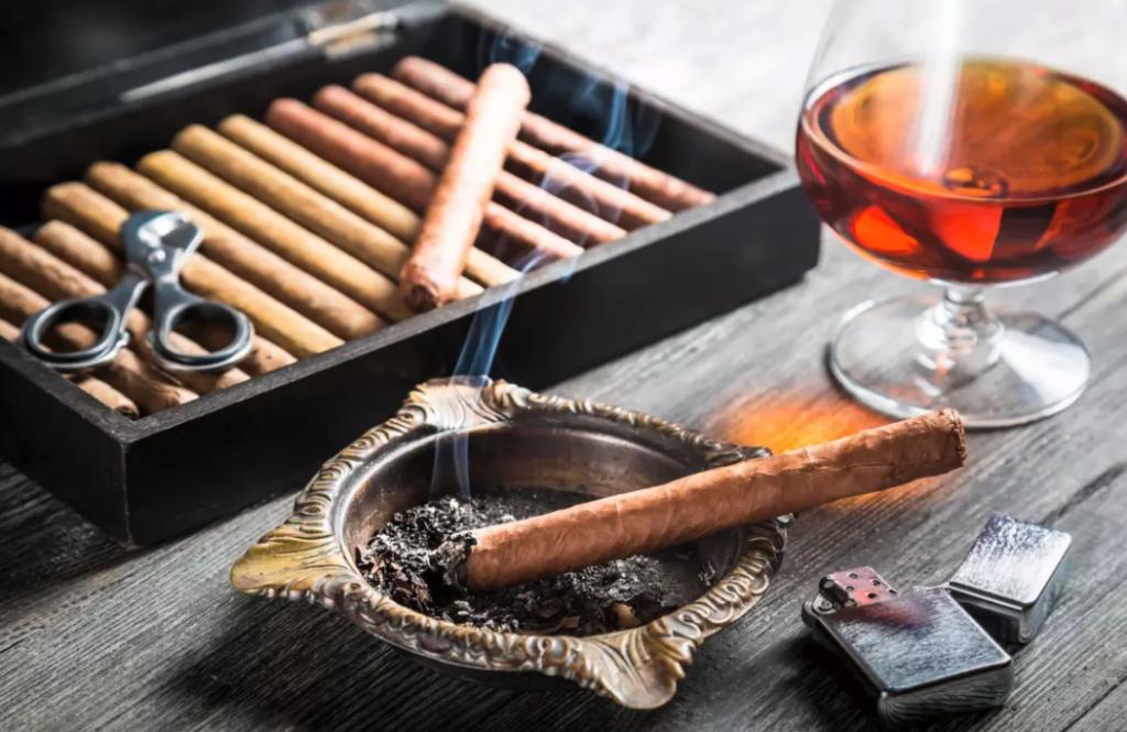 cigarrer och cognac